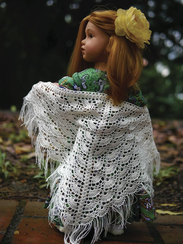New-dress-for-Gotz-with-shawl-03