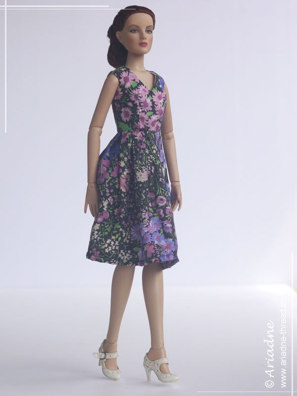 Tonner-Antoinette-dress-inspired-by-Alberta-Ferretti-05a